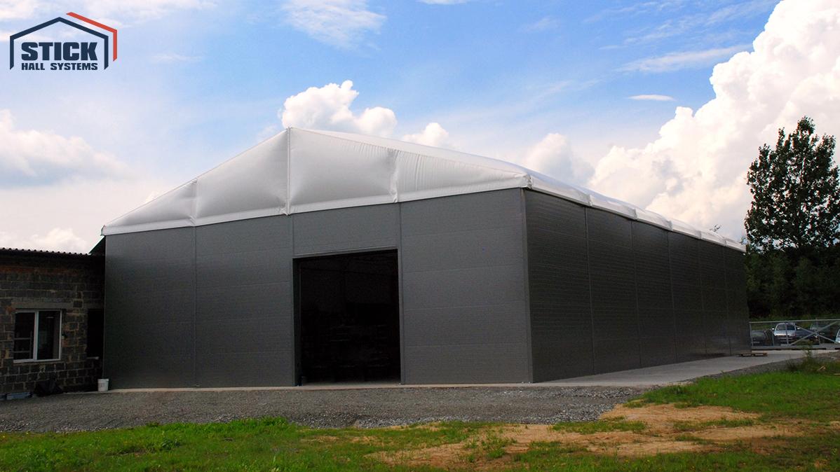 Pneumatische Zelthalle