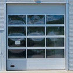 okna w segmencie lakierowanym