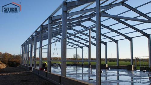 Konstrukcje stalowe - Realizacja w Chojnicach - Stick Hale